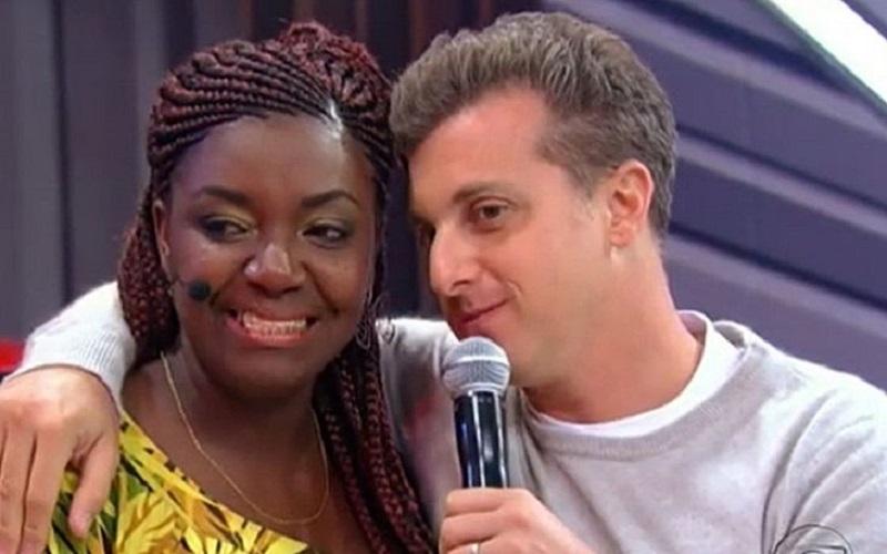 Globo é condenada a indenizar manicure que ganhou prêmios no Caldeirão do Huck