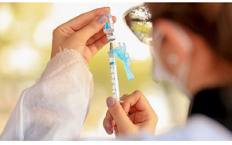 Alagoas recebeu, do Ministério da Saúde, 4.513.715 doses das vacinas...