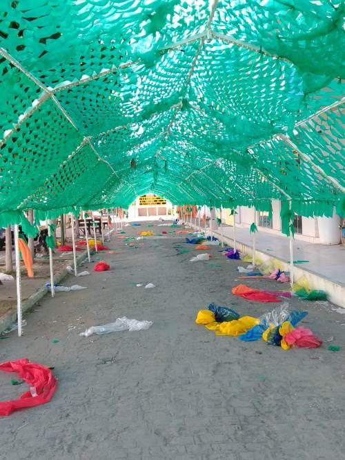 Vândalos destroem ornamentação de Páscoa da Praça Moreno Brandão em Pão de Açúcar