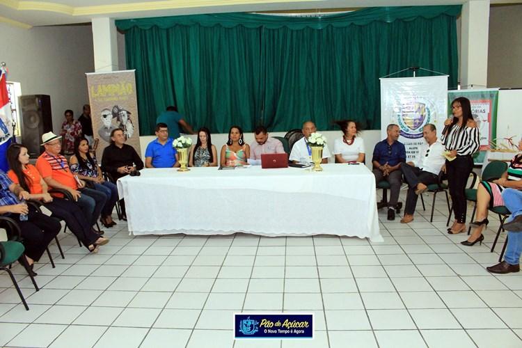 'Café Poético e Filosófico' aconteceu com muito sucesso na cidade de Pão de Açúcar