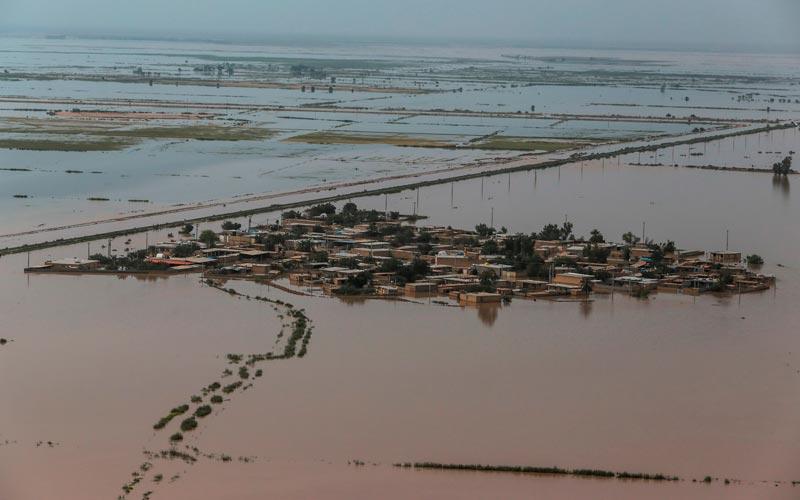 Vista aérea dos estragos provocados pelas chuvas no Irã
