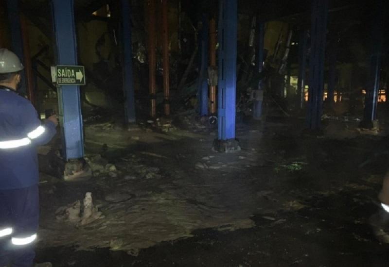 Caldeira da Usina Coruripe teria explodido na noite de ontem...