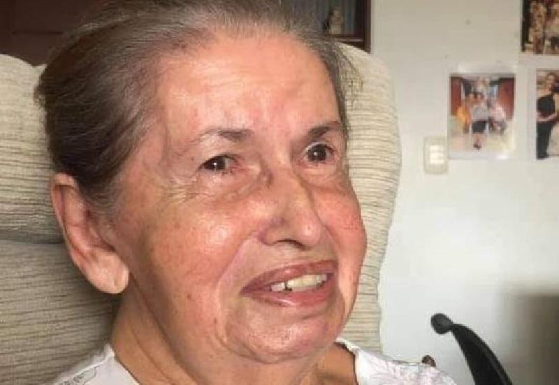 Morre dona Carmelita Machado, aos 87 anos...