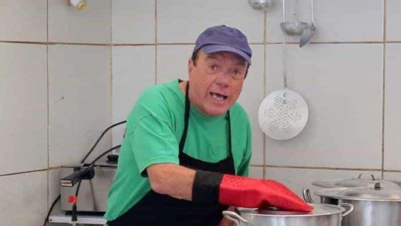 O comediante estava hospitalizado em tratamento contra um câncer no cérebro