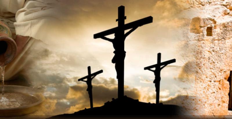 Jesus pregado na cruz entre dois criminosos...