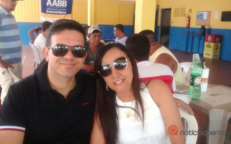 Dino César e Petronila Correia